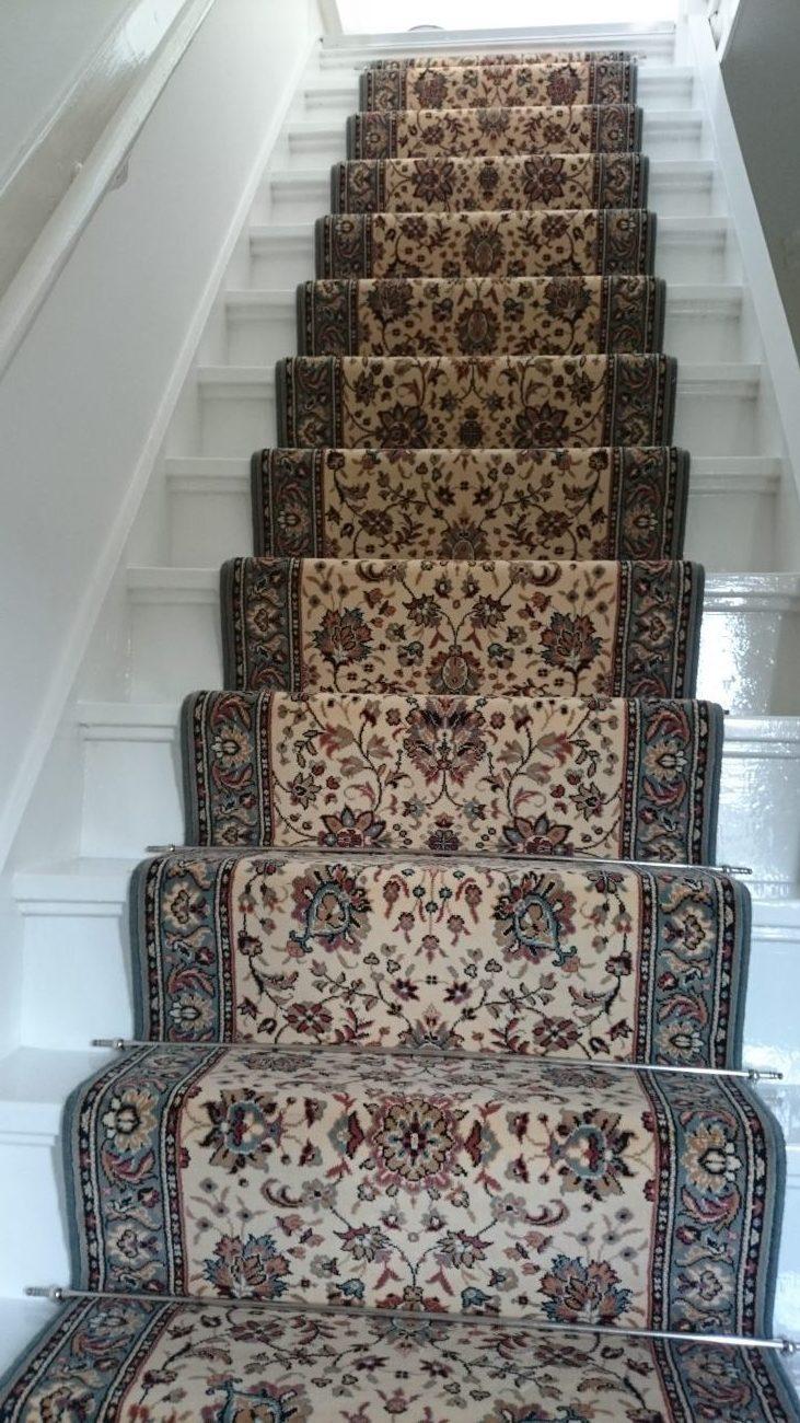 traploper van tapijt traditioneel